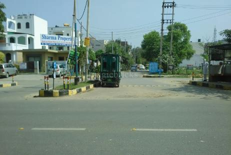 2 BHK Residential House in Sector 23 RWA at Sector 23-Image