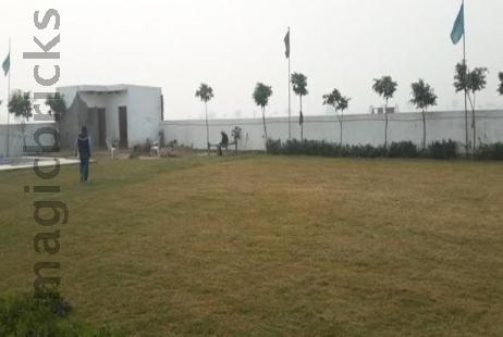 Residential Plot in Taj Greens Residency at Yamuna Expressway-Image